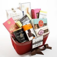 Ultimate Sweet Basket
